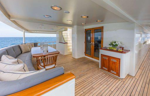 motor yacht ariadne exterior decks