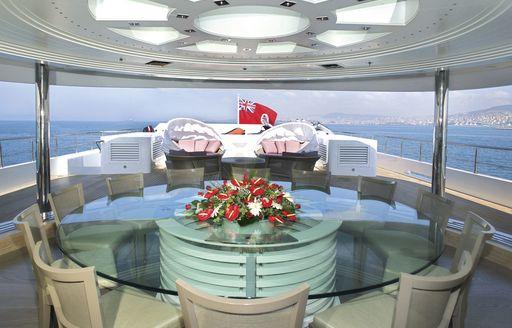Skylounge on board charter yacht KINTA