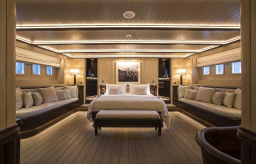 Master suite onboard SY Satori