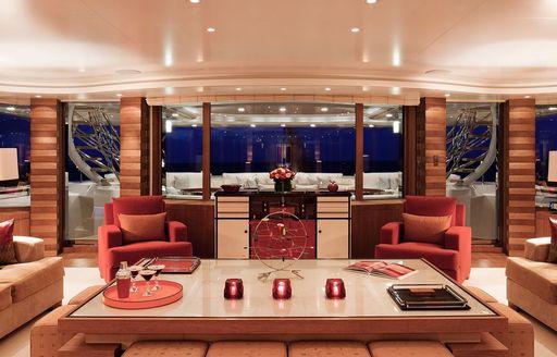 Lady E yacht main salon