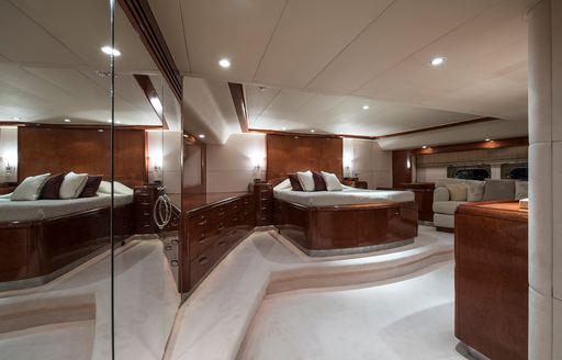 master suite on thandeka yacht