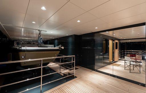 luxury yacht la datcha