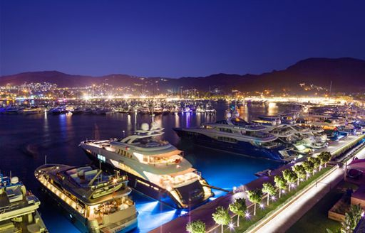 The luxurious Palmarina Bodrum offers a number of fine dining restaurants for evening meals