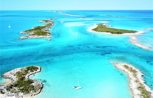 COVID-19 : Summer 2021 yacht charter destinations close to the USA photo 16