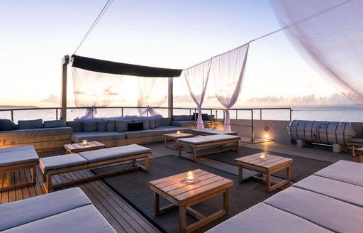 Special last-minute deal on charters around Greece aboard luxury yacht MARIU photo 2