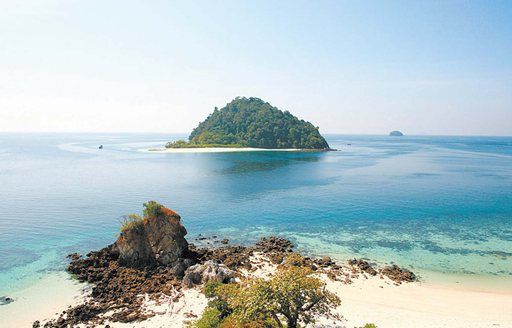 Why You Have To Experience A Luxury Yacht Charter In The Mergui Archipelago photo 3