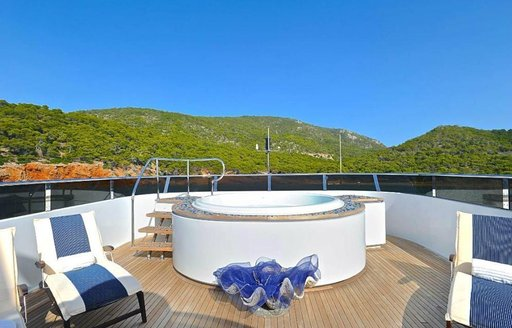 The Jacuzzi on board superyacht Ionian Princess