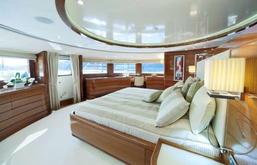 Master suite onboard MY Harmony III