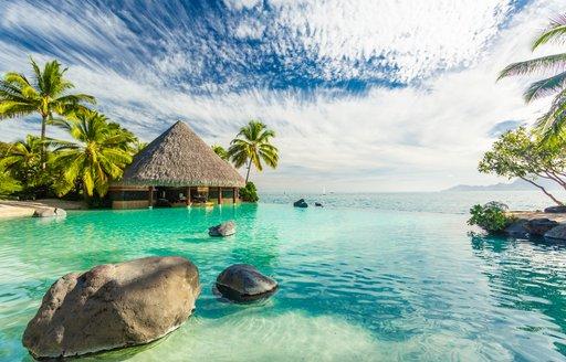 Turquoise sea in Tahiti