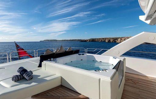 jacuzzi pool on motor yacht ANYA
