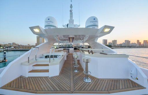 Jacuzzi and wet bar on flybridge of motor yacht 'Ghost II'