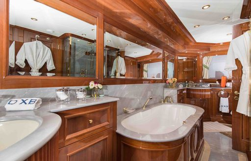 Superyacht DXB available for Abu Dhabi Grand Prix yacht charter photo 3