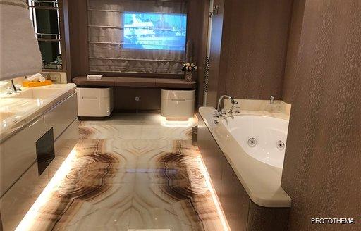 en suite bathroom facilities on superyacht o'pari