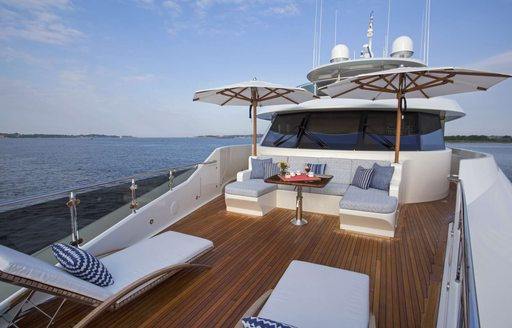 Spacious foredeck seating area on superyacht Far Niente