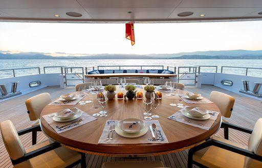 alfresco dining on luxury yacht soaring