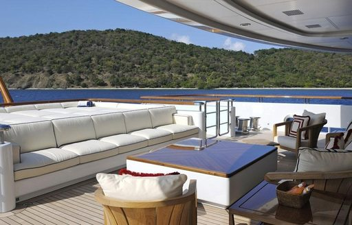 the alfresco dining options on board superyacht TV