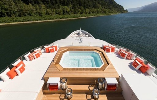 The Jacuzzi on the sundeck of luxury yacht CHASSEUR