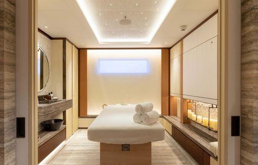 massage table on superyacht lunasea, great feadship wellness yacht