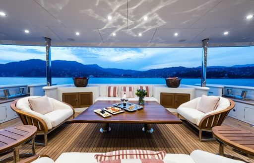 motor yacht audaces outdoor areas