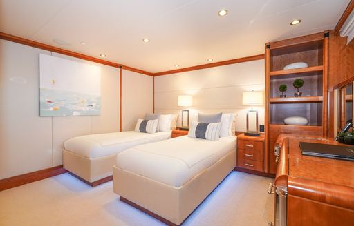 Twin beds on cabin on superyacht ZEAL
