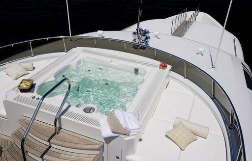 Deck Jacuzzi on Motor Yacht EROS