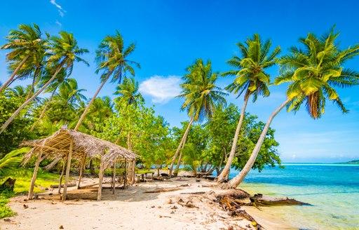 Taha'a beach in Tahiti