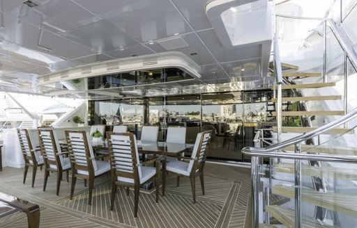 Charter Yacht 'King Baby' Offers Outstanding New Year's Deal photo 4