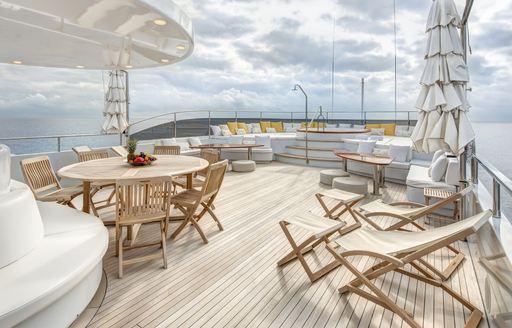 baron trenck yacht alfresco dining