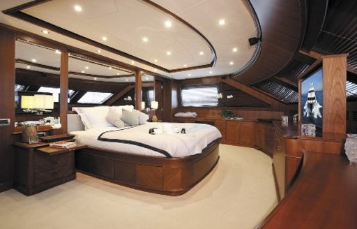 timeless styling in the master suite of luxury yacht SEABLUE'Z