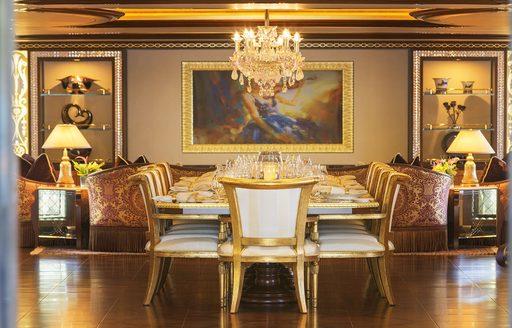 SOLANDGE yacht formal dining