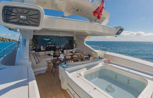Motor yacht JOMAR jacuzzi