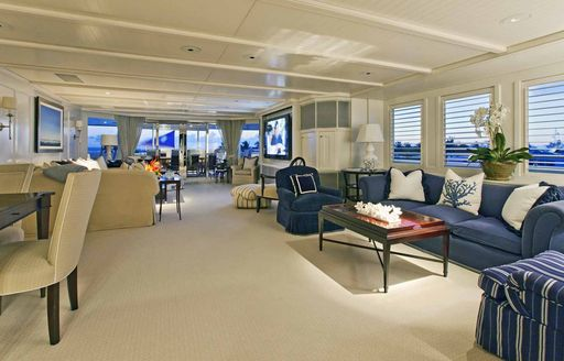 Charter yacht RHINO's previous salon styling