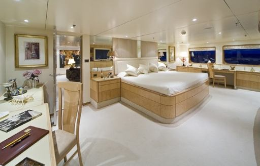 expedition yacht TITAN's master suite