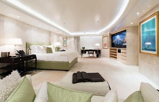 Lady E superyacht master cabin
