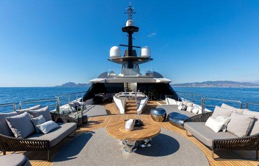 luxury yacht SOLO seating area on helipad