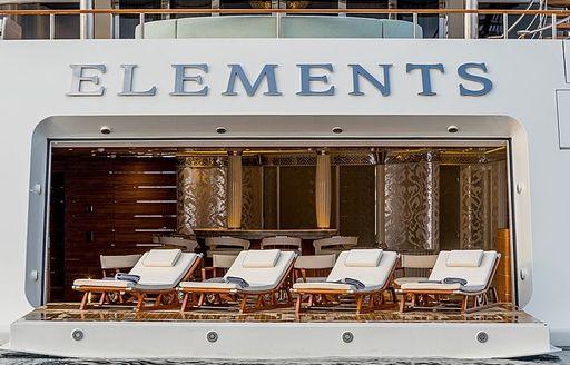 Motor yacht Elements Sunloungers