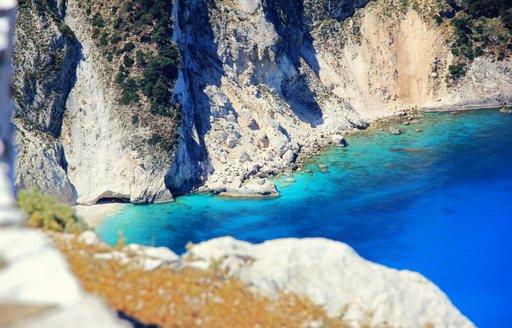 Myrtos beach cliffs