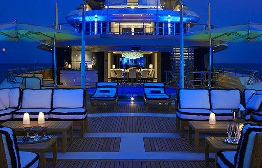 Outdoor seating upper deck aft