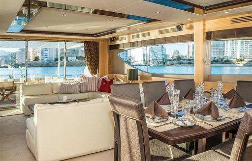 motor yacht insieme interiors