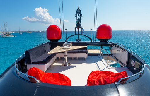 charter yacht palumba outdoor seating