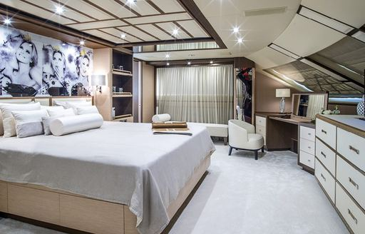 Master cabin onboard MY Soy Amor
