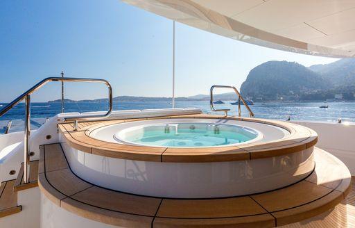 Elevated jacuzzi on motor yacht W