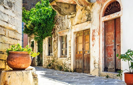 ancient streets of greece