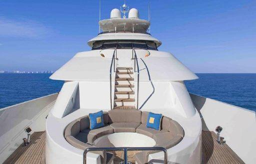 Motor yacht antares lounging area