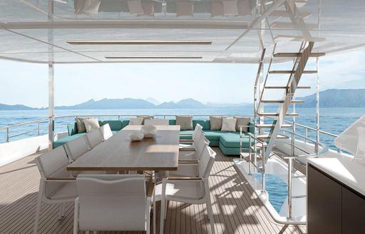 alfresco dining on luxury yacht PENELOPE
