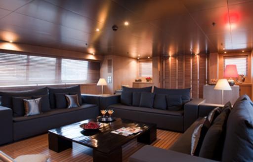 Special last-minute deal on charters around Greece aboard luxury yacht MARIU photo 3
