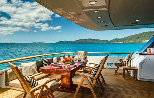 Gladius yacht al fresco dining
