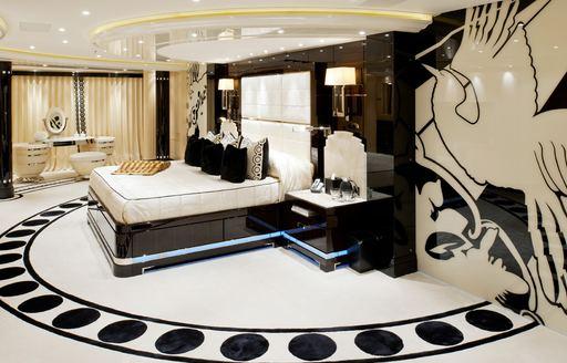 Phoenix 2 owner's suite