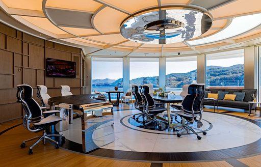 office luxury yacht luminosity