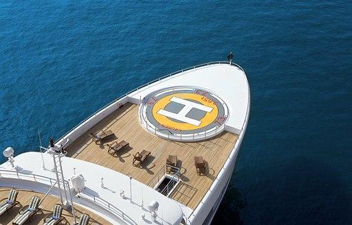 Motor yacht Lauren L helipad
